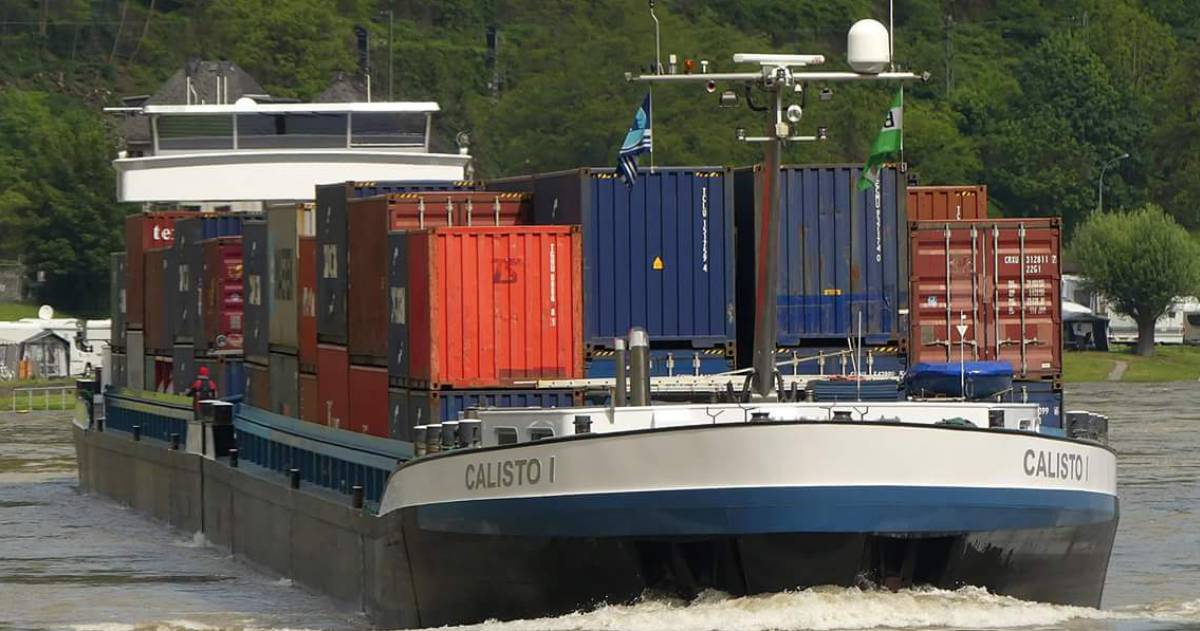Schip met containers